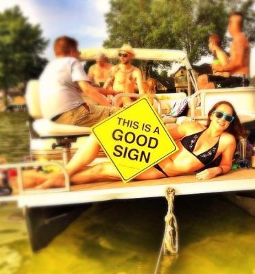 Joanna Boat Good Sign